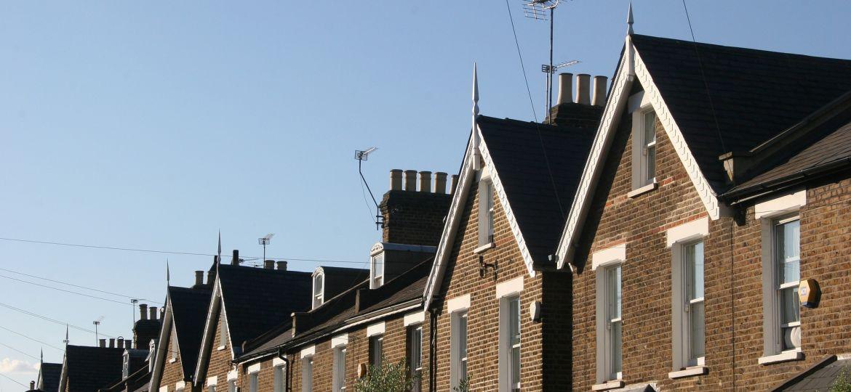 buildings housing homes suburbs England (Demo)