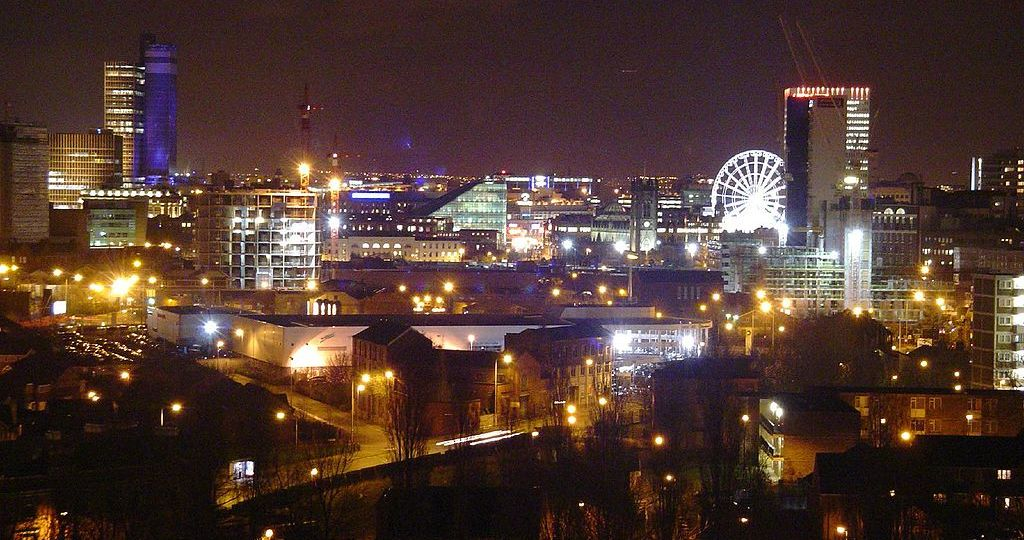 1024px-Manchester_skyline_from_tower_block